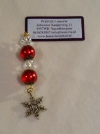Rode kerstboom hanger met kristal en cadautje
