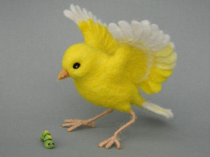 Deko-Objekte - AprilWiese - Kanarienvogel mit Raupe - ein Designerstück von Filzherz bei DaWanda