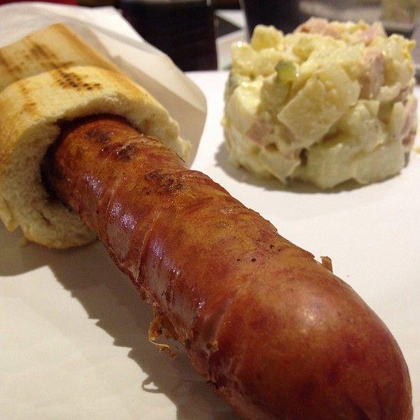 Salchicha Alemana Especial Con Ensalada De Papa @ Euro Snack
