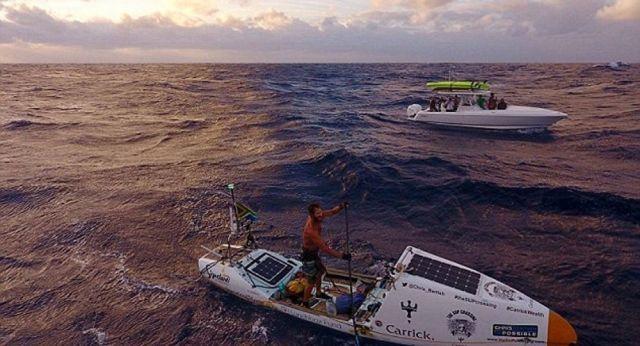 Güney Afrikalı 42 yaşındaki Chris Bertish, kürekli tekne ile Atlas Okyanusu'nu geçen ilk insan oldu.