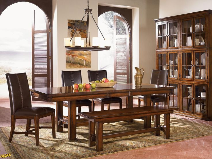 Mesa Rustica Table With 6 Leather Parson Chairs From HOM