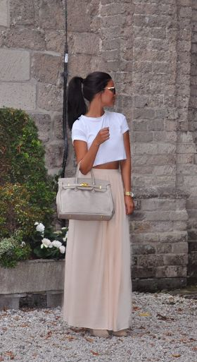 Cute summer Outfit, love wearing crop tops with high waisted skirts.