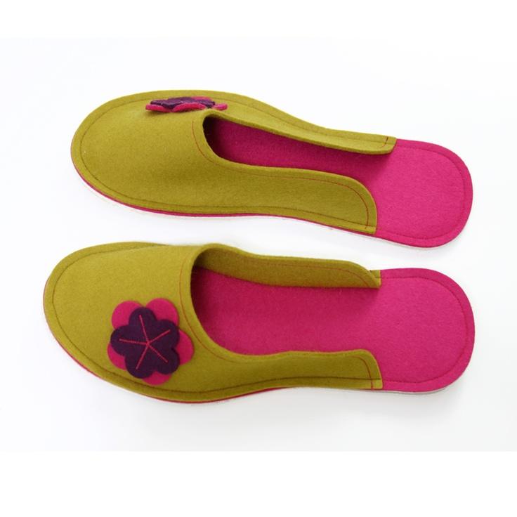 Ursanina Women's slippers