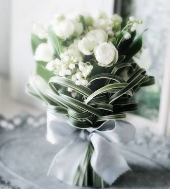 Uniquely woven palm bouquet with of lily of the valley~Soolip Wedding http://buff.ly/Q8tYRN