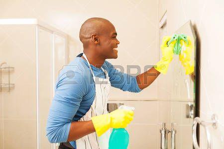 Resultado de imagen de anuncios limpiezas en el que salgan hombres