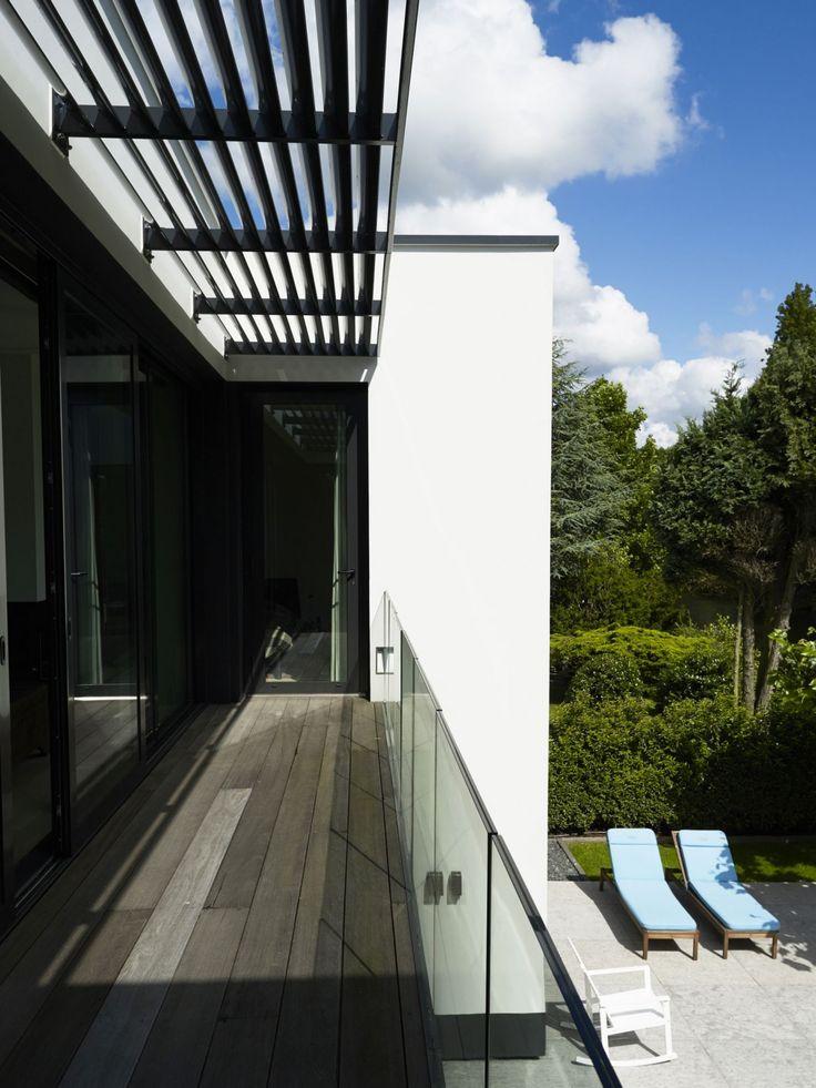 verbouwing bungalow villa amsterdam achtergevel balkon