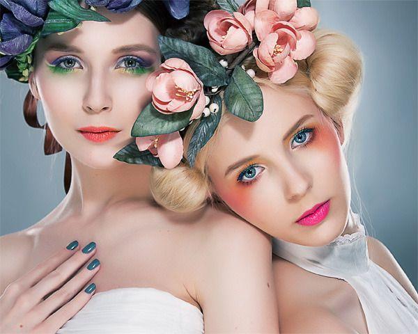 Spring!: Lips Color, Pink Flower, Lipsticks Shades, Flower Headbands, Makeup Ideas, Blondes Raken, Flower Hair, Hot Spring, Mooie Blonde
