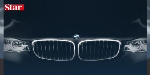 BMW ABD'de 45 binden fazla aracını geri çağırıyor!: BMW'den yapılan açıklamada, 2005-2008 yıllarında üretilen 7 serisi ve B7 Alpina modellerinde görülen bir sorun nedeniyle toplam 45 bin 484 aracın geri çağırıldığı belirtildi. Açıklamada, söz konusu model araçların yolcu kapılarının hareket halindeyken açılabileceği bilgisine yer verildi. Yolcuların araç kapılarını kapattıkları halde yoldan veya aracın içinden kaynaklanan bir nedenle kapıların kendiliğinden açılabileceği ifade edilirken, bu…