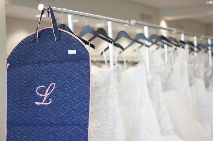 Monogrammed garment bags for your wedding day #cindabUSA