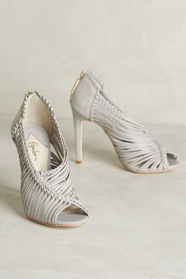Guilhermina Muara Heels Light Grey #anthroregistry
