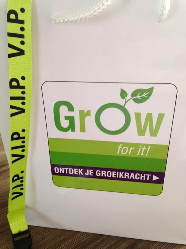 Fontys Grow - ontwikkelings- en groeimogelijkheden voor Onderwijs Ondersteunend Personeel bij Fontys
