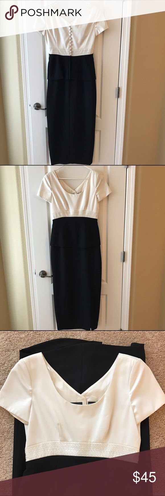 Liz Claiborne Evening Dress Liz Claiborne Evening Dress. Size 6, small spots on top, one back button is loose. Liz Claiborne Dresses