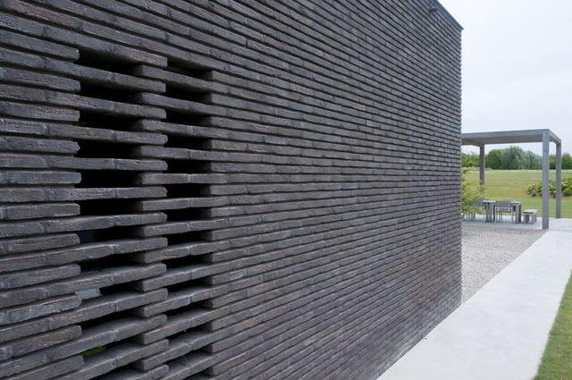 Vande Moortel Facing brick linea 3007 - claustra bond