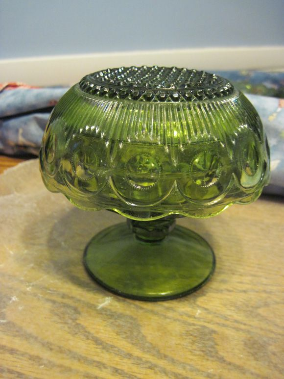 Glass mushroom for the garden, made out of glass bowl and cup.