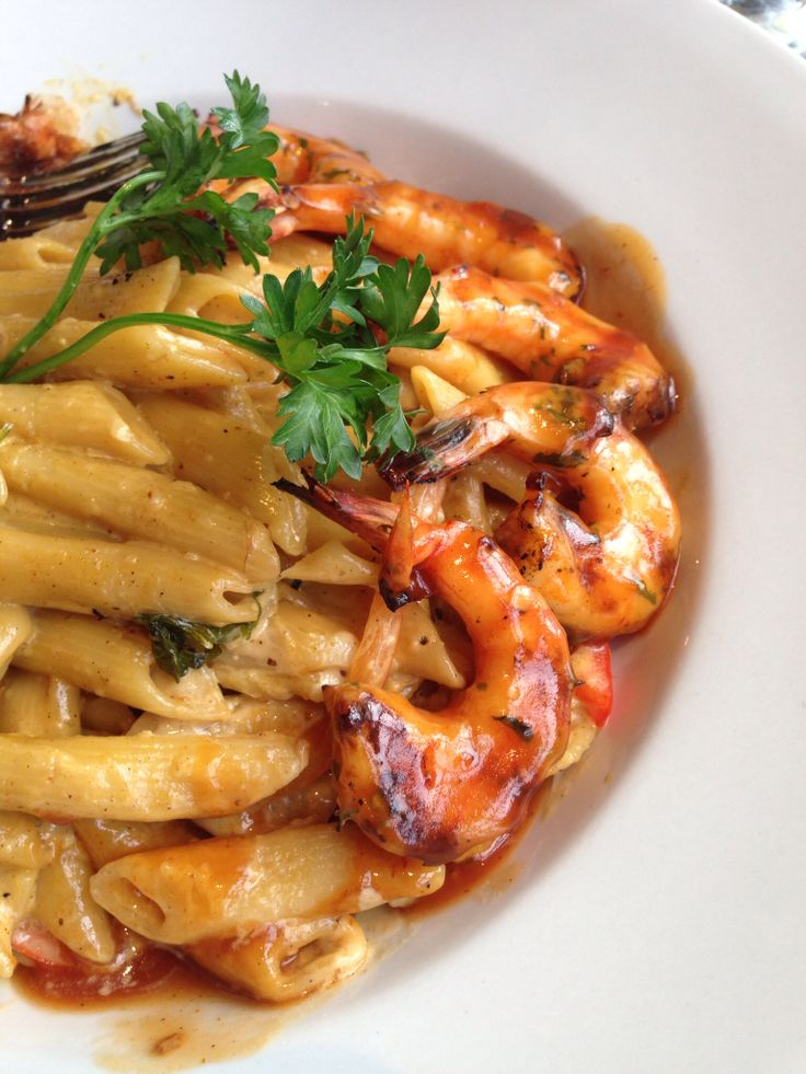 Footprints: Rasta Pasta with shrimp