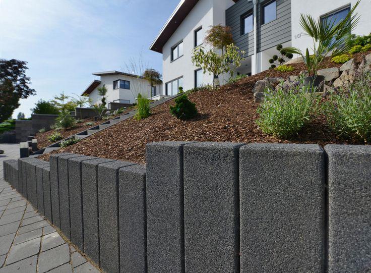 25 sch ne palisaden ideen auf pinterest steinpalisaden naturstein palisaden und sichtschutz. Black Bedroom Furniture Sets. Home Design Ideas