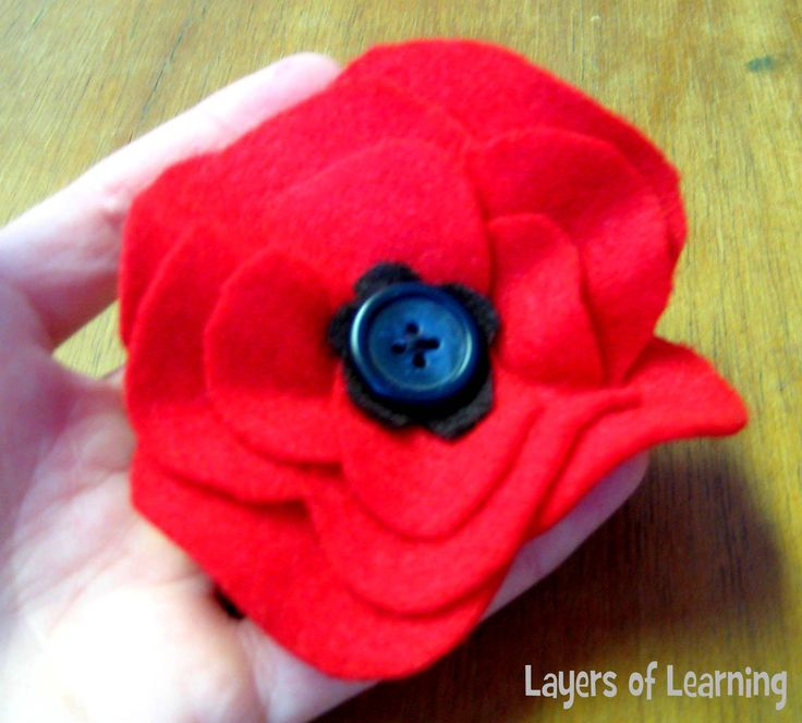 Remembrance day Poppy http://www.layers-of-learning.com/veterans-day-poppy-craft/