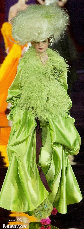 Christian Lacroix - Haute Couture fall 2004 - 2005