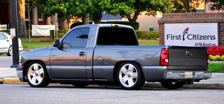 "99 rcsb storm grey silverado lowered 5/8 drop on brand new ltz 20"" rims and tires - PerformanceTrucks.net Forums"