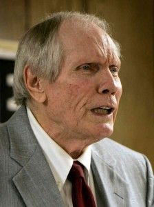 Spreading the love: Fred Phelps dies at 84