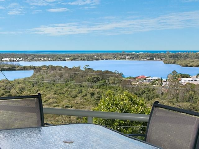 27 Old Ferry Road, Banora Point, NSW 2486
