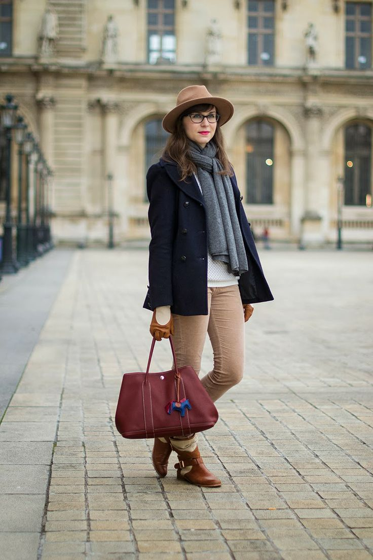 Mode and The City - Blog mode et lifestyle // Cold day in Paris #mellowyellow #hermes #cashmere #zara