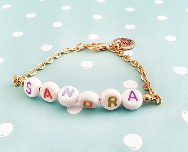 Armband mit individuellem Namen in gold, für dein Kind oder zur Taufe / Bracelet with individual name in gold, for your child or for its christianing by SmillaBrav via DaWanda.com