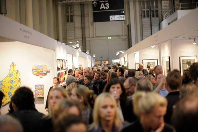 Colorfield Gallery - Très bonne ambiance lors du vernissage de L'AAF Hamburg