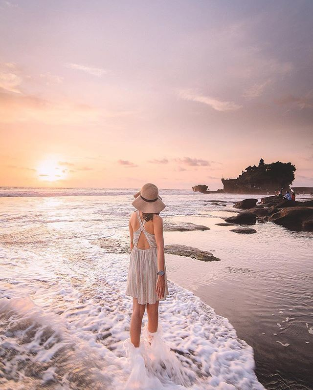 #explorebali photo today by @gintingefraim taken while sunset around Tanah Lot Temple, Bali ---------------------------------------------------- Dont forget to tag us your #Bali's experiences with #explorebali and #explorebalivideo to get chance to be featured on our account ---------------------------------------------------- For business inquiries please send us email to 📩 explorebali.traveling@gmail.com ----------------------------------------------------