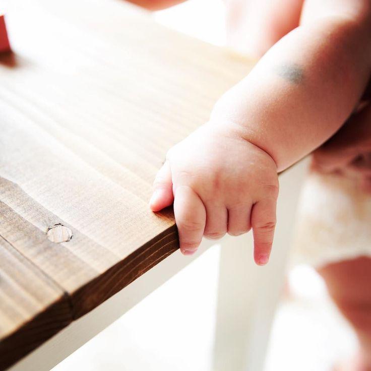 つかまりたち http://ift.tt/2x9mnaS #フォトスタジオ#写真館#photo#studio#湘南#藤沢#鎌倉#片瀬#横浜#一軒家#ハウススタジオ #スタジオベイビーズブレス#babysbreath#かすみ草#baby#kids#family#家族写真#兄弟#姉妹#boy #girl#新生児#ニューボーンフォト#お宮参り#ハーフバースデー#七五三#ナチュラル#マタニティ#マタニティフォト