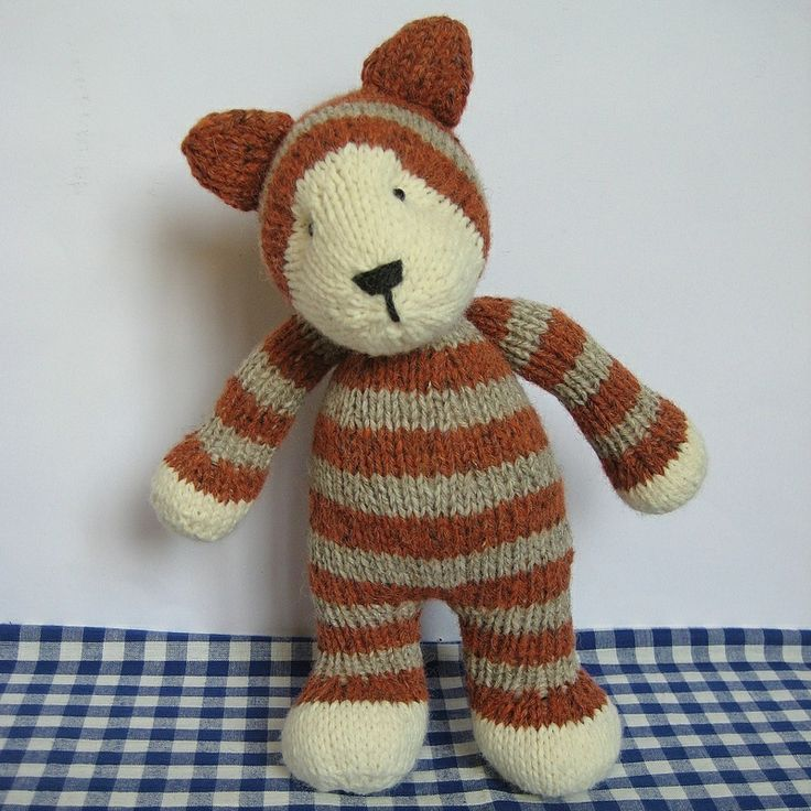 Knitting Pattern Cow Toy : 17 Best images about Knitted toys on Pinterest Toys, Knitting patterns and ...