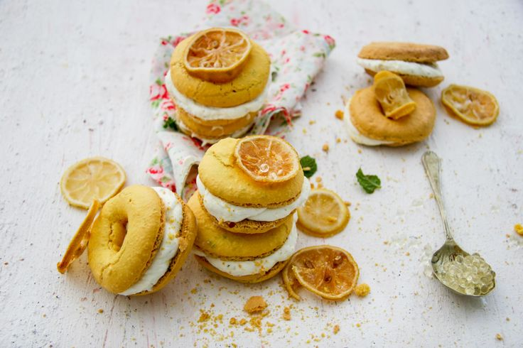 gin and lemon doughnut macaroon with a citrus and mint mousse