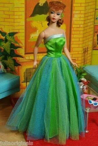 Vintage Barbie Senior Prom. My sister had this dress for her Barbie!