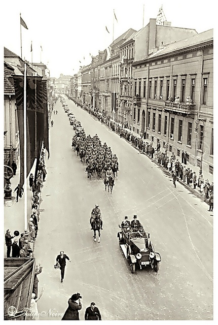 H.M. King King Fuad I of Egypt with President Paul von Hindenburg During His Official Visit To Germany - Berlin On June 10, 1929 (B) by Tulipe Noire, via Flickr