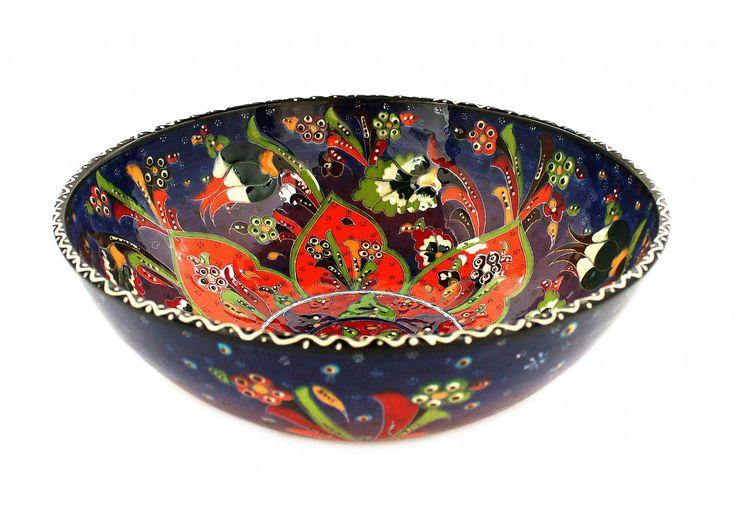 Schüssel 26 cm aus Keramik in orange, lila coloriert. Detailreich nach ottomanen Style und Mustern handbemalt, einzigartiges Einzelstück.Herstellung: HandmadeMaterial: Keramik, gewölbte OberflächeGröße: 26 cm Durchmesser / 10 cm Hoch