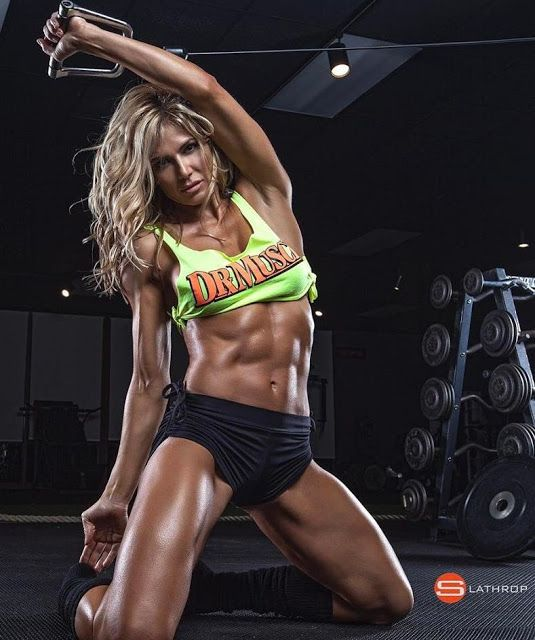 Female Fitness and Bodybuilding Beauties: Torrie Wilson - Fitness Competitor and Fitness Model