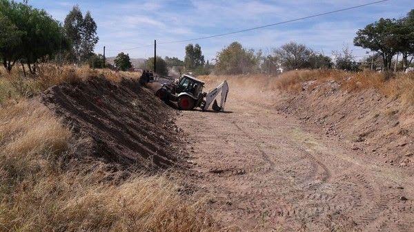 Realiza Gobierno Municipal limpieza del arroyo Magallanes; retiran 401 toneladas de escombro y basura | El Puntero