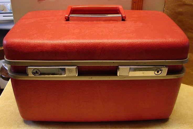 Vintage Train Case Dark Pink Royal Traveller Mirror Make-up Tray Medalist No Key #RoyalTraveller