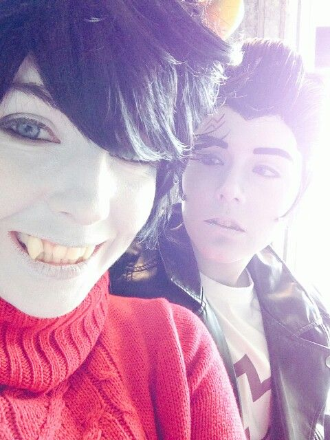 Awww, look at how happy Kankri is! Ohmygod, this Kankri is so darn adorable!!>>>>I love this cosplay!!