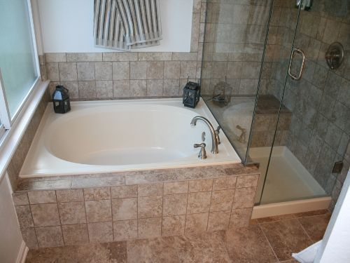 bath remodeling   tubs and showers         Bath Tubs  amp  Showers. 1000  ideas about Bathroom Remodeling Contractors on Pinterest