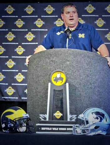 Buffalo Wild Wings bowl game kickoff in one hour and ten minutes...GO BLUE!!