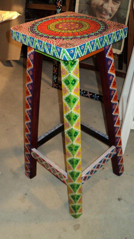 Banqueta pintada a mano unico dise o muebles - Disenos muebles pintados ...