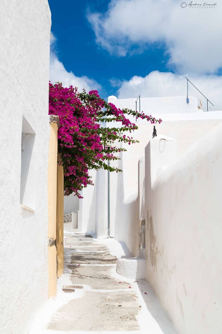 Path in Pyrgos, Santorini
