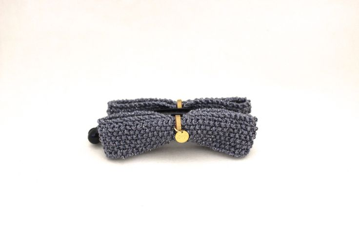 banana clip / pince banane à cheveux avec deux noeuds papillon gris lamé tricotés à la main : Accessoires coiffure par yoyotricot