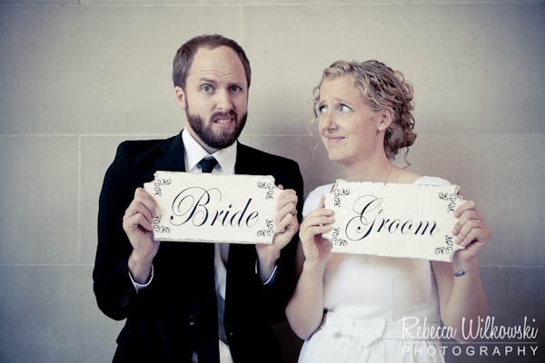 funny wedding couple shot idea