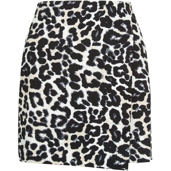 New Look Petite Black Animal Print A-Line Skirt found on Polyvore featuring skirts, mini skirts, bottoms, saias, black pattern, a line skirt, wrap front skirt, animal print skirt, floral print a-line skirt and patterned skirts