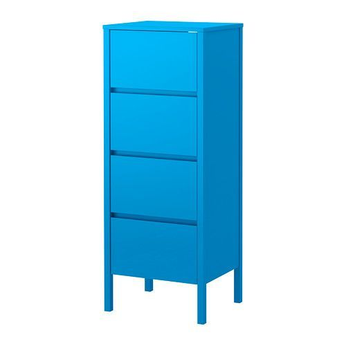 IKEA - NORDLI, Kommode, 4 skuffer, , I den øverste skuffen er det en skjult hylle med plass til et grenuttak, til ladere for f.eks. mobil og nettbrett.Et ledningsuttak gjør det enkelt å føre ledningene ut på baksiden, slik at de er ute av syne.Hyllene og skuffene er dekket med dekorativ bøkefiner som gir et varmt og forseggjort utseendeEn innebygd demper tar imot skuffen, slik at den lukkes stille og mykt.Justerbare føtter gjør det mulig å kompensere for eventuelle ujevnheter i gulvet.