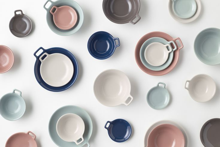 "The 'Totte-Plate' line, where ""totte"" is the Japanese word for ""handle"", feature bowls and plates with a small, bracket-shaped handle on their rims, which allow users to carry their bowl of soup as easily as they would a coffee mug.   Instead of storing the bowls and plates in cabinets or on shelves, the handles can be hung from hooks on the wall, making it easier to store in small kitchens and apartments."