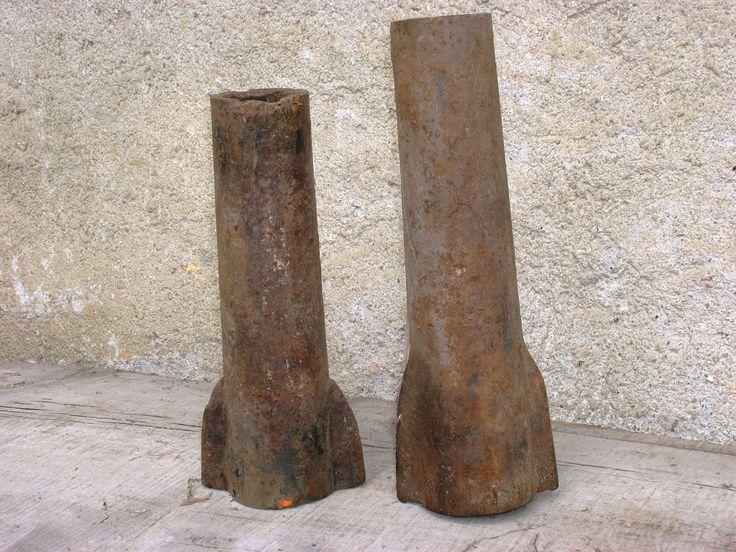 """caradur:""""Bisule"""",antiche boccole che venivano piantate nei mozzi delle ruote dei vecchi carri agricoli"""