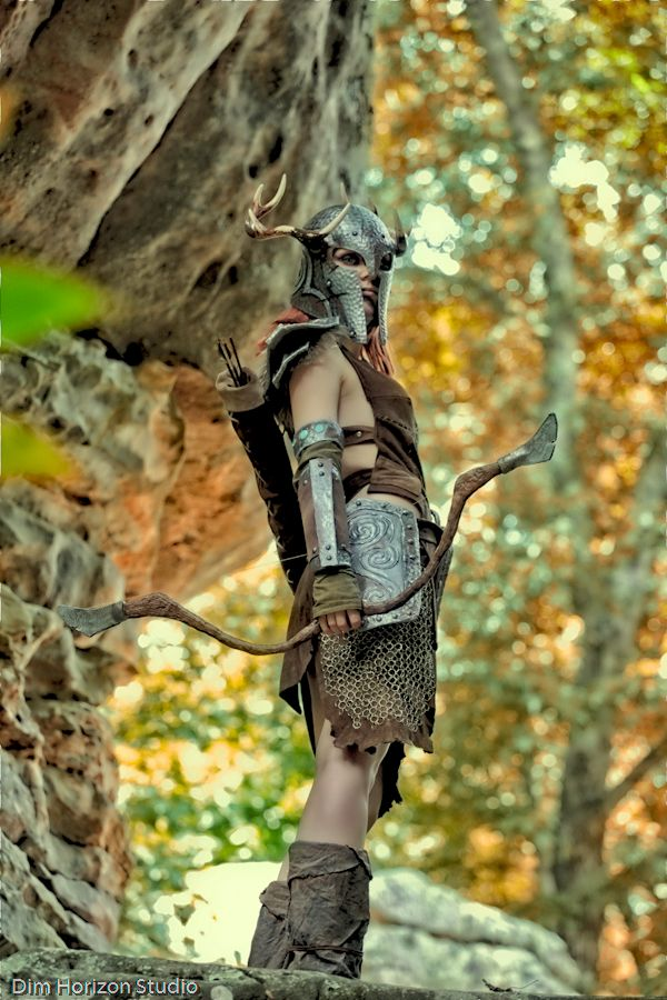 Aela the Huntress Cosplay from Skyrim by Lydia on LyddiDesign.com , photo by Dim Horizon Studio